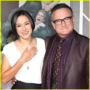 Robin Williams' Daughter Zelda Loves & Misses Him After Death
