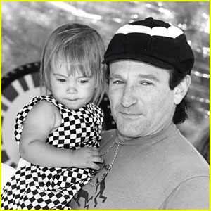 Robin Williams Poses With Daughter Zelda in Final Tweet/Instagram