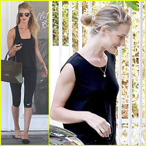 Rosie Huntington-Whiteley Is Working Towards a Ballet Body!