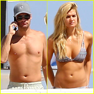 Ryan Seacrest Goes Shirtless on Yacht with Bikini-Clad Girlfriend Shayna Taylor