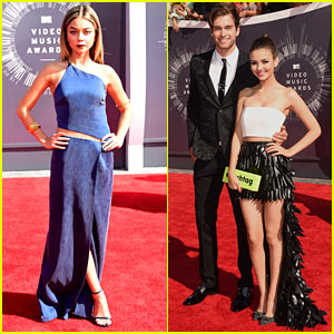 Sarah Hyland & Victoria Justice Rep Young Hollywood at MTV VMAs 2014!