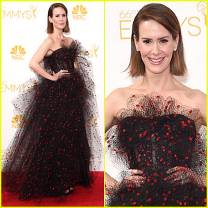 American Horror Story's Sarah Paulson Amazes in Armani at Emmys 2014