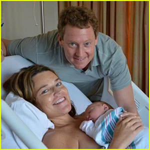 Today's Savannah Guthrie Welcomes Baby Daughter Vale - See Her First Photos!