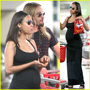 Pregnant Zoe Saldana Craves Doritos Chips at Target
