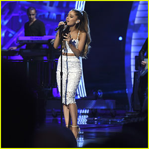 Ariana Grande Sings 'My Everything' for Grandfather at Stand Up to Cancer