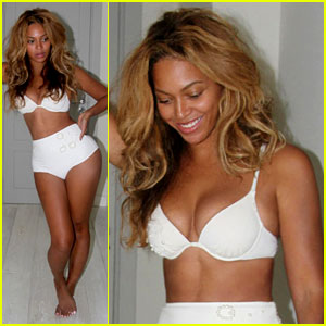 Beyonce Flaunts Thin Figure While Modeling Her Lingerie