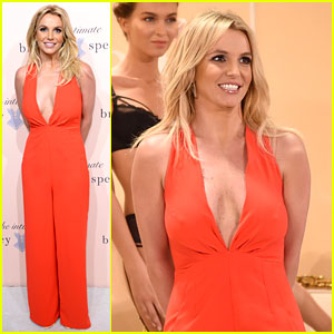 Britney Spears Debuts Her New Lingerie Line During NYFW