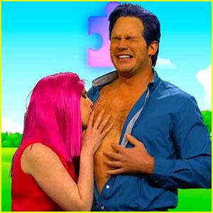 Chris Pratt Lets Vanessa Bayer Kiss His Bare Chest for 'SNL'!