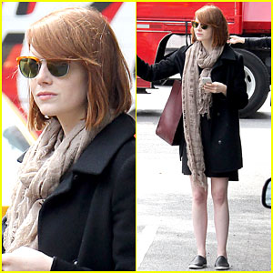 Emma Stone Is Ready For Fall As She Hails a Cab in NYC!