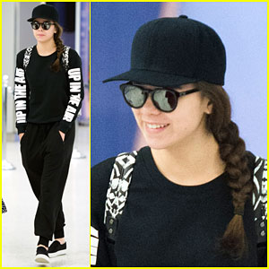 Hailee Steinfeld Goes from Toronto to NYC to London!