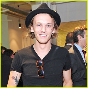 Jamie Campbell Bower Gets Blown Away By Fans