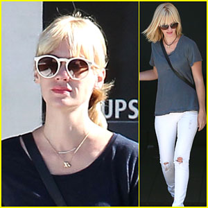 January Jones Gets Her Sugar Fix with a Donut!