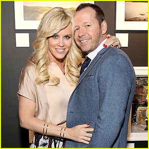 Newlyweds Jenny McCarthy & Donnie Wahlberg Make First Public Appearance After Wedding