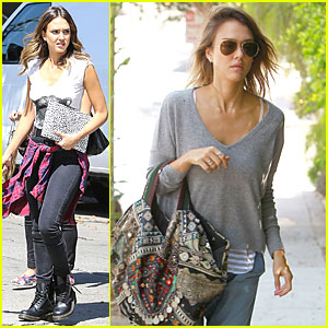 Jessica Alba Uses Fashion to Bring Back the 90s!
