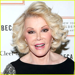 Joan Rivers' Doctor Took a Selfie While She Was Under Anesthesia (Report)