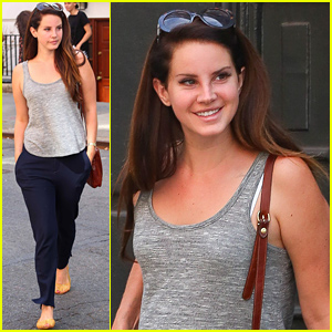 Lana Del Rey's Smile is Contagious As She Walks Through NYC