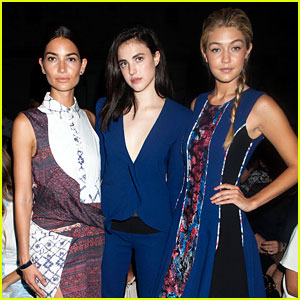 Lily Aldridge Attends First Fashion Show Ever as a Guest!