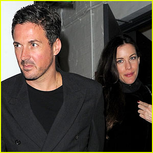Liv Tyler Pregnant, Expecting Baby with Dave Gardner!
