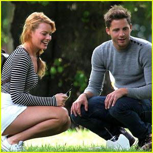 Margot Robbie & Boyfriend Tom Ackerley Do a Picnic in the Park