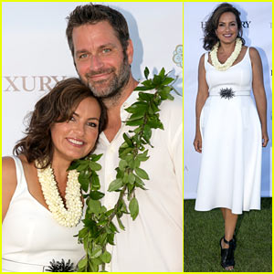 Mariska Hargitay Finds Joy in Hawaii with Hubby Peter Hermann