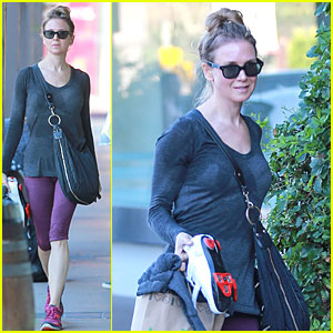 Renee Zellweger Works Up a Sweat During SoulCycle Workout