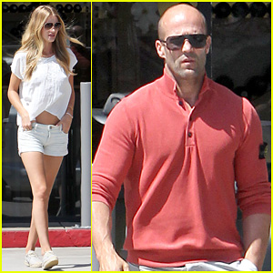 Rosie Huntington-Whiteley & Jason Statham Grab Brunch in Malibu for Labor Day!