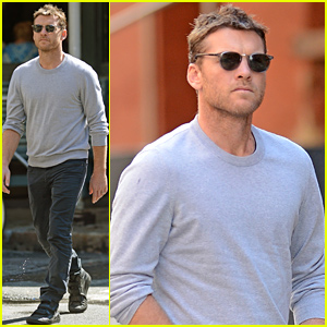 Sam Worthington Steps Out After Lara Bingle Pregnancy Rumors Surface