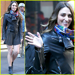 Sara Bareilles Chipped Her Tooth Mid-Concert in Sydney