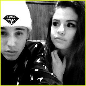 Justin Bieber & Selena Gomez Are Back On; Singer Confirms Relationship During Deposition