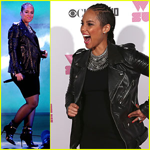 Pregnant Alicia Keys is Glowing at We Can Survive Concert