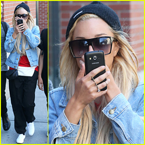 Amanda Bynes Hides Her Face & Flashes Diamond Ring After Engagement News