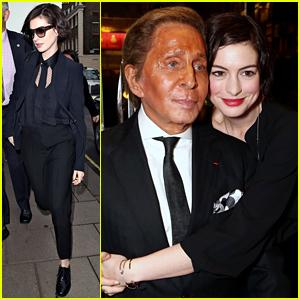 Anne Hathaway & Designer Valentino Garavani Share a Cute Moment Together