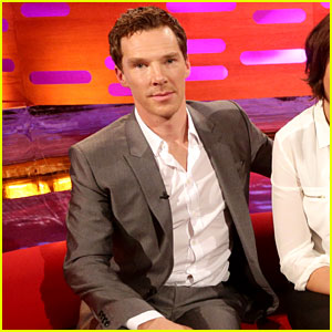Benedict Cumberbatch Does His Best Walk to Beyonce's 'Crazy in Love' - Watch Now!