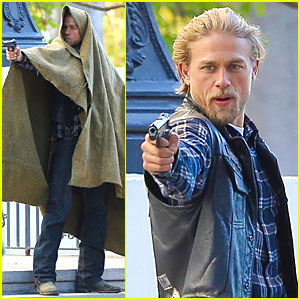 Charlie Hunnam Goes Undercover & Still Looks Like a Sharp Shooter