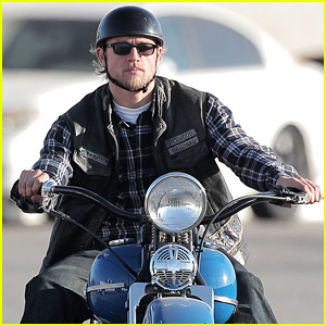 Charlie Hunnam's Jax Has a Big Decision on 'Sons of Anarchy'