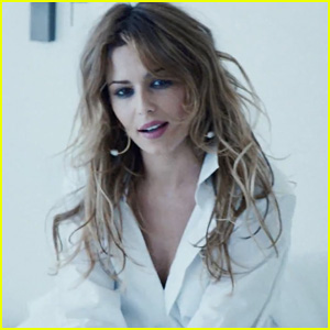 Cheryl Cole Drops Music Video for New Carefree Single, 'I Don't Care' - Watch Here!