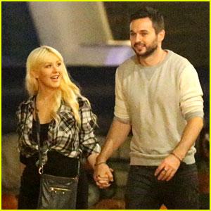 Christina Aguilera & Matthew Rutler Go Pumpkin Picking & Look So in Love!