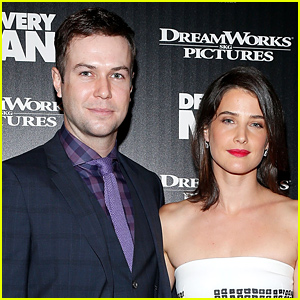 Cobie Smulders Pregnant, Expecting Second Child with Husband Taran Killam!