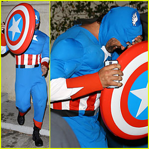 Gerard Butler Becomes Captain America & Still Gets Recognized By His Smile