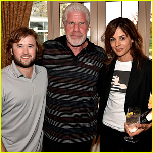 Haley Joel Osment Goes Golfing to Benefit the SAG Foundation