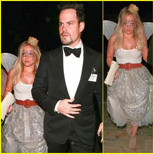 Hilary Duff Kicks Off Halloween Festivities with Ex Mike Comrie!