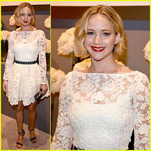 Jennifer Lawrence Rocks Oscar de la Renta Dress at Elle Women in Hollywood Celebration