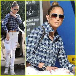 Jennifer Lopez Supports Ex Boyfriend Ben Affleck By Seeing 'Gone Girl'