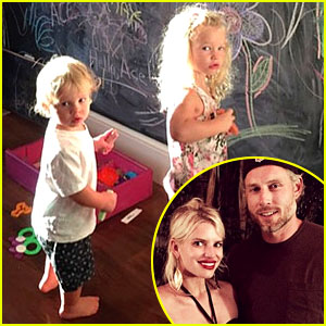 Jessica Simpson's Kids Are Ridiculously Cute in These New Pics