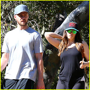 Justin Timberlake & Jessica Biel Get Sporty for Their Hike