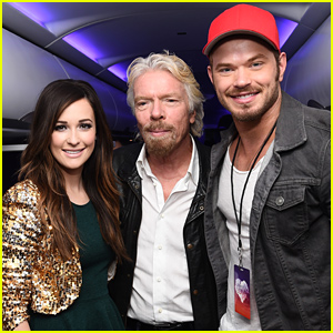 Kellan Lutz & Kacey Musgraves Have Fun with Passengers On Their Virgin Flight