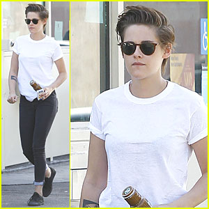 Kristen Stewart Doesn't Feel Uncomfortable with Fame