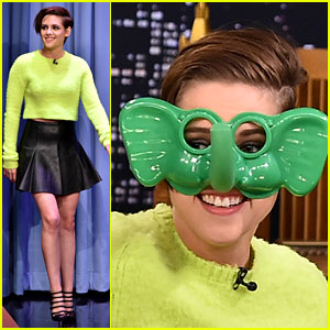 Kristen Stewart Plays 'Ring Around the Nosy' with Jimmy Fallon!
