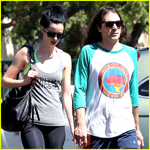 Krysten Ritter & New Boyfriend Adam Granduciel Hit the Gym