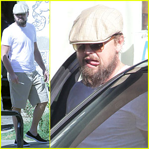 Leonardo DiCaprio Hangs Out With Tobey Maguire In Venice